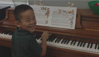 Kid-at-Piano